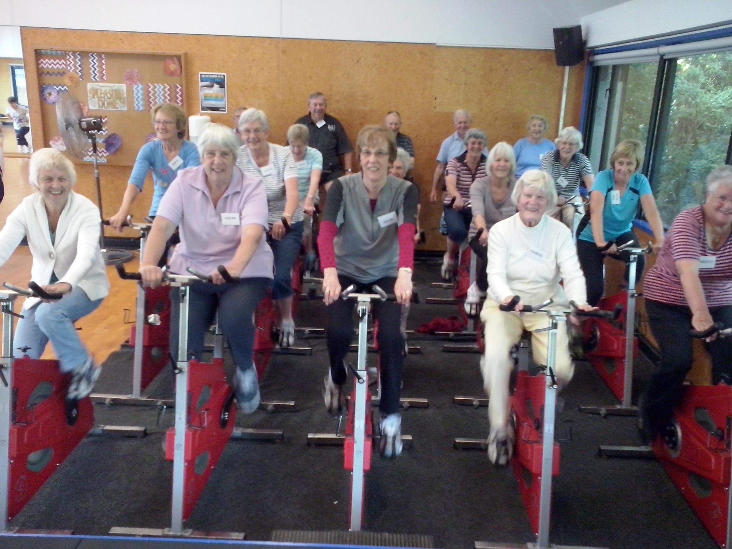 seniors-bike-2016